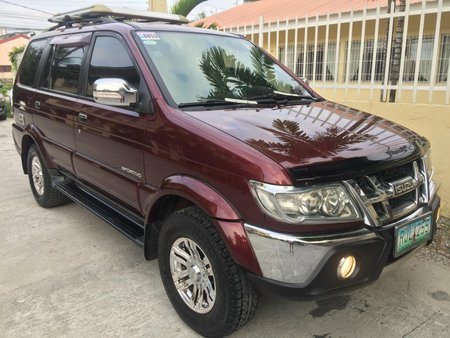 Red Isuzu Sportivo 2011 Manual Diesel for sale