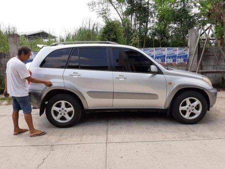 Sell 2nd Hand 2001 Toyota Rav4 Manual Gasoline at 80000 km in Valenzuela