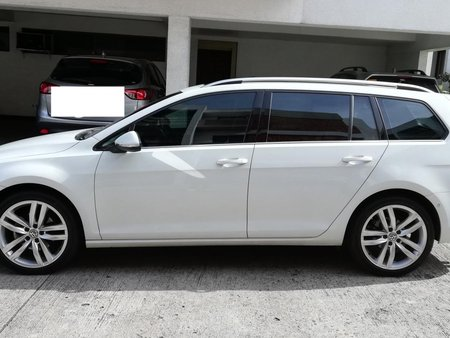 Selling Used Volkswagen Golf 2017 in Pasig