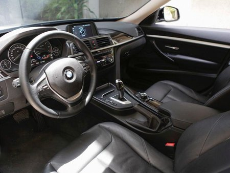 Selling 2nd Hand Bmw 320D 2018 at 18000 km in Quezon City