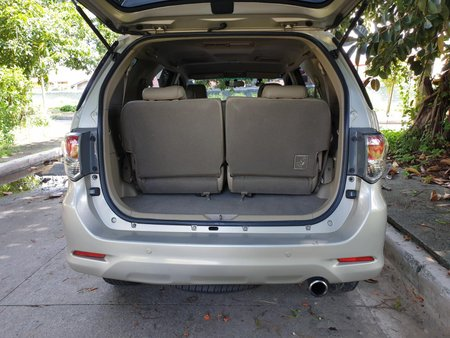 Selling Used Toyota Fortuner 2013 Diesel Automatic in Las Pinas