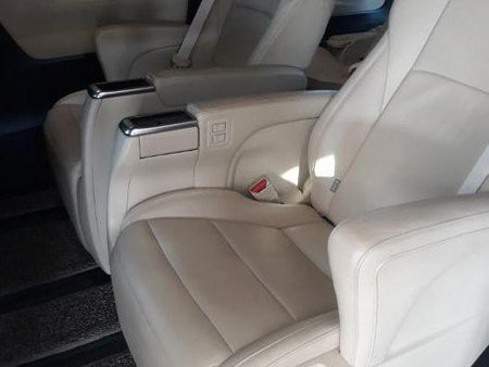 2nd Hand Toyota Alphard 2017 for sale in Pulilan