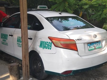 Selling White Toyota Vios 2015 Manual in Quezon City