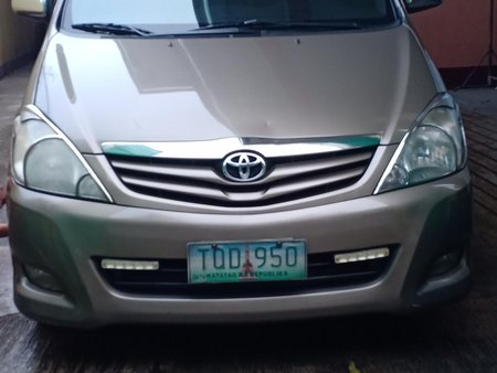Sell Used 2012 Toyota Innova at 101000 km