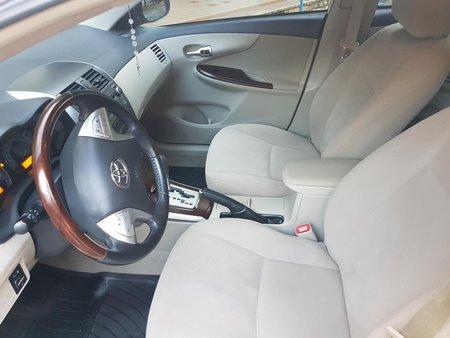 Selling Used Toyota Altis 2013 at 90000 km in Metro Manila