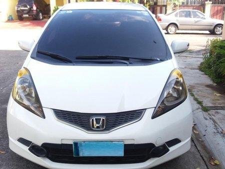 Sell White 2010 Honda Jazz Automatic in Manila