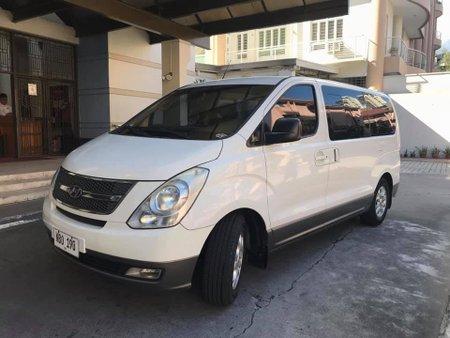 Selling Used Hyundai Grand Starex 2009 Manual Diesel