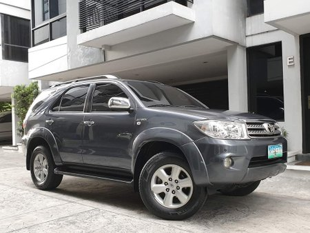 Used 2011 Toyota Fortuner Automatic Gasoline for sale
