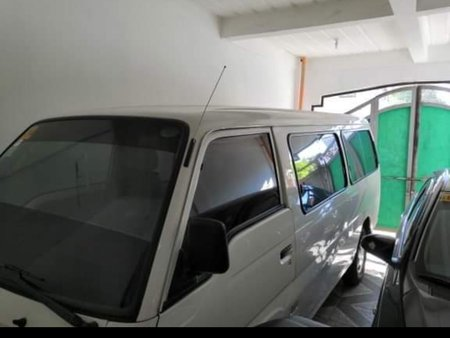 Selling Used Nissan Urvan 2014 at 20000 km in Rizal