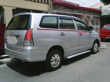 Selling Used Toyota Innova 2010 at 84000 km in Laguna