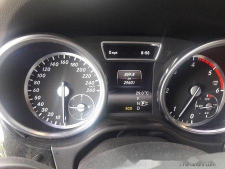 Sell 2014 Mercedes-Benz Ml-Class at 29601 km