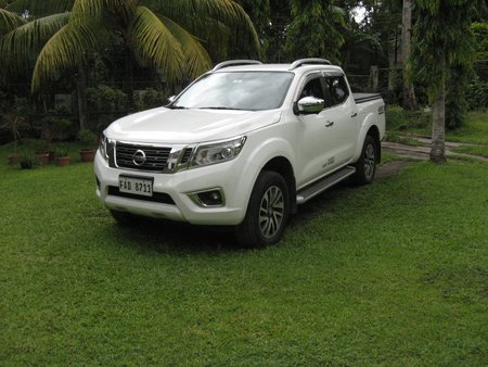 Sell White 2018 Nissan Navara Automatic at 10000 km