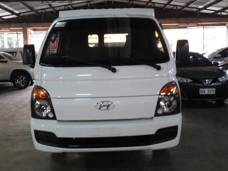 White 2016 Hyundai H-100 Manual Diesel for sale