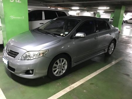 Sell 2nd Hand 2011 Toyota Corolla Altis at 70000 km