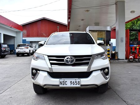 Sell 2nd Hand 2017 Toyota Fortuner at 25000 km in Lemery