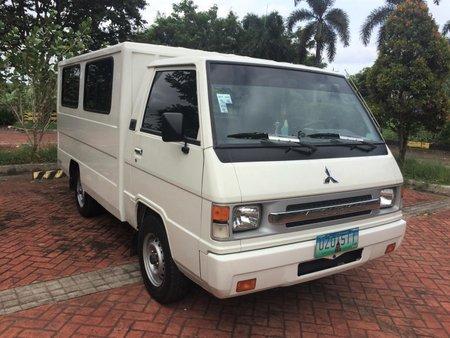 Selling White Mitsubishi L300 2012 Manual Diesel
