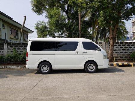 Pearlwhite Toyota Grandia 2012 for sale in Makati
