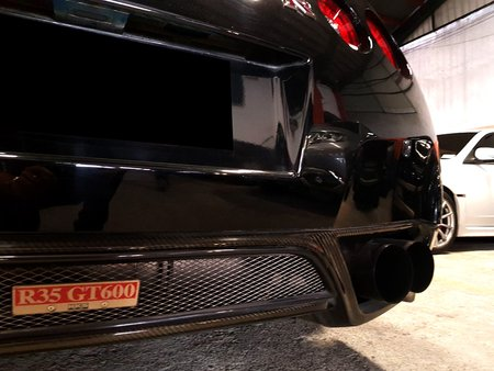 Sell Black 2009 Nissan Gt-R at 15000 km in Quezon City