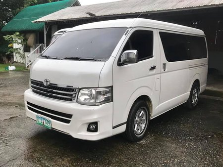 Selling White Toyota Hiace 2012 Automatic Diesel