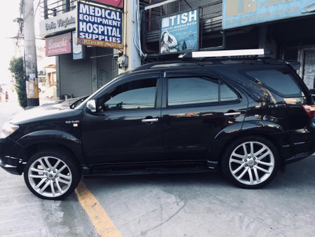 Sell Black 2005 Toyota Fortuner in Manila