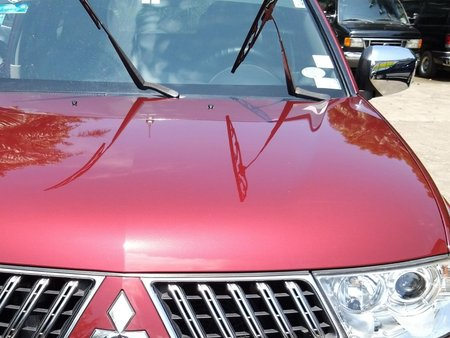 Selling Red Mitsubishi Montero Sport 2011 in Makati