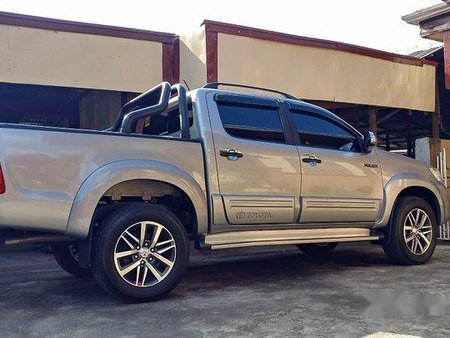 Silver Toyota Hilux 2015 for sale in Lipa