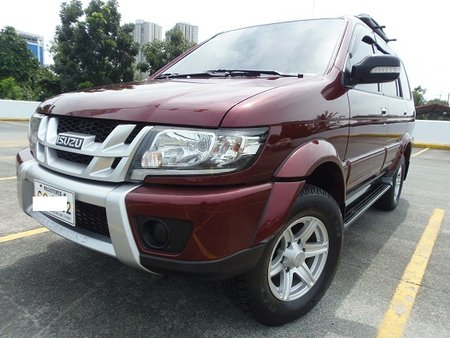 Sell Used 2016 Isuzu Crosswind at 29000 km in Quezon City