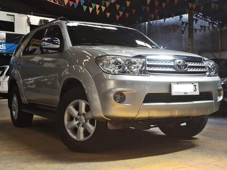 2nd Hand 2011 Toyota Fortuner Diesel Automatic for sale