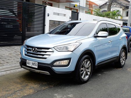 Blue 2014 Hyundai Santa Fe at 81000 km for sale