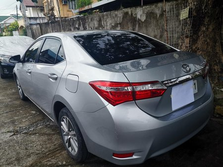 Selling Used Toyota Altis 2014 Automatic at 49000 km