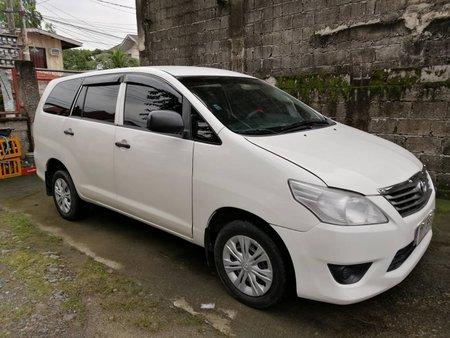 White Toyota Innova 2012 Manual Diesel for sale