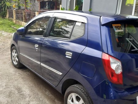 Selling 2nd Hand Blue 2014 Toyota Wigo
