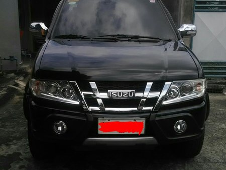 Sell Black 2014 Isuzu Sportivo at 23000 km in Cavite