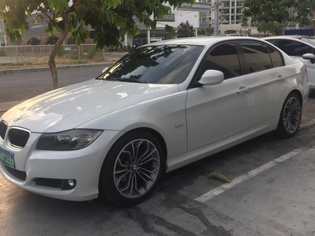 Sell Used 2012 Bmw 318i Sedan in Manila