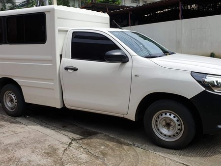 Sell Used 2016 Toyota Hilux Manual Diesel in Quezon City