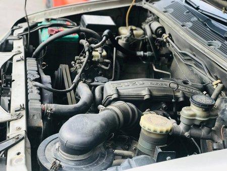 Sell 2nd Hand 2005 Isuzu Crosswind Diesel Manual in Makati