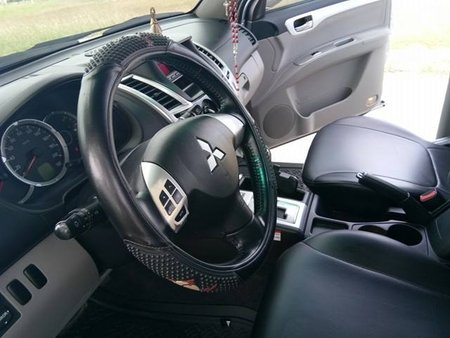 Selling Used Mitsubishi Montero Sport 2010 in Cavite City