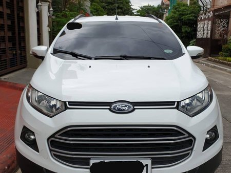 Selling White Ford Ecosport 2017 at 10000 km in Pasig