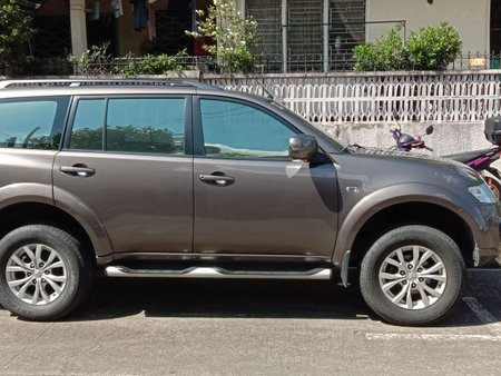 Selling Used Mitsubishi Montero Sport 2014 at 43000 km in Pasig