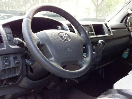Toyota Hiace 2015 at 42000 km for sale