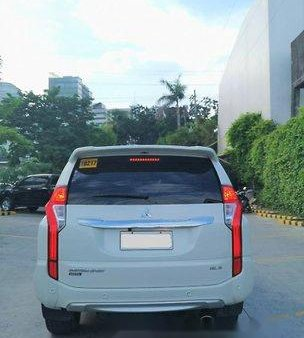 Selling White Mitsubishi Montero Sport 2016