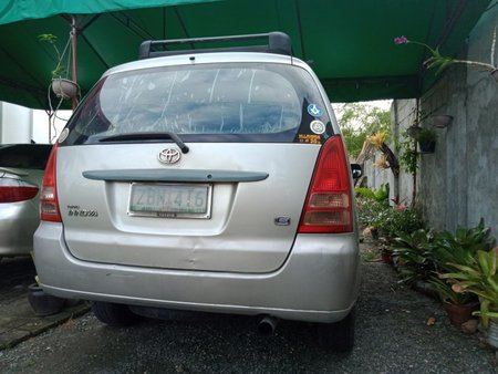 Used Toyota Innova 2005 for sale in Solano