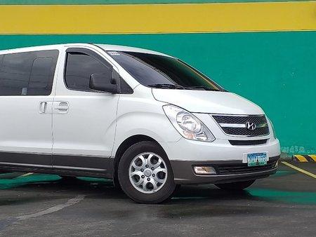 White 2010 Hyundai Grand Starex at 69000 km for sale