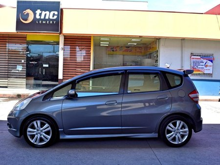 2nd-hand Honda Jazz 2011 for sale in Lemery