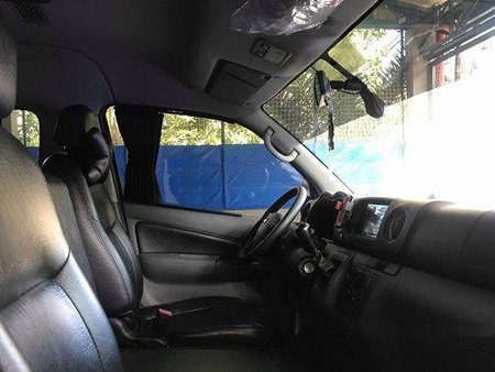 Sell Black 2018 Nissan Nv350 Urvan Manual Diesel at 42000 km
