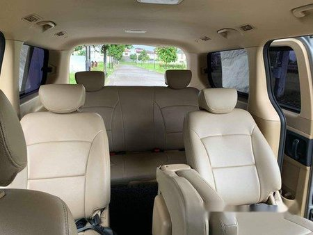 Selling Silver Hyundai Grand starex 2017 Automatic Diesel at 44000 km