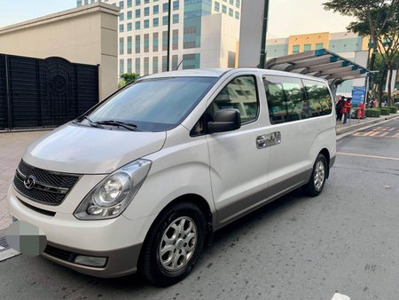 2014 Hyundai Starex Gold Top of the Line Very Fresh