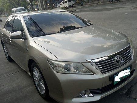 Beige Toyota Camry 2012 2.5V in Muntinlupa