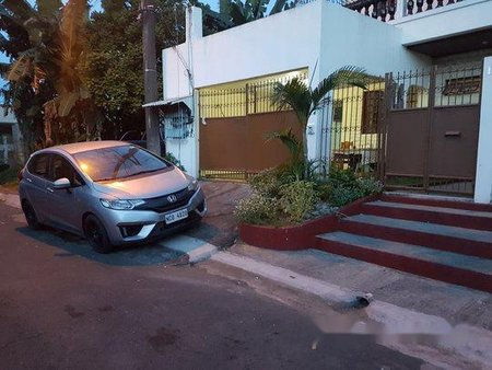 Silver Honda Jazz 2017 Automatic Gasoline for sale
