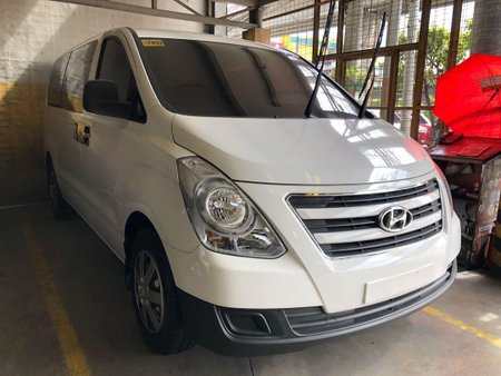 2017 Hyundai Starex for sale in Quezon City